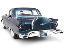 Load image into Gallery viewer, 1957 Ford Thunderbird 1:18 Scale - Yatming Diecast Model Car (Blue)