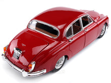 Load image into Gallery viewer, 1959 Jaguar MkII 1:18 Scale - Bburago Diecast Model Car (Red)
