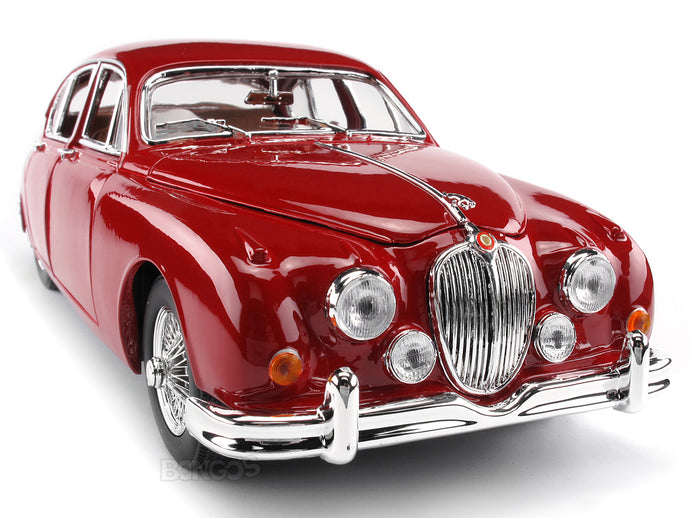 1959 Jaguar MkII 1:18 Scale - Bburago Diecast Model Car (Red)
