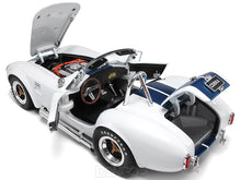Load image into Gallery viewer, 1965 Shelby Cobra 427 S/C 1:18 Scale - Shelby Collectables Diecast Model Car (WHite/Blue)