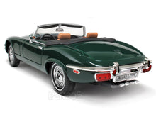 Load image into Gallery viewer, 1971 Jaguar E-Type Roadster 1:18 Scale - Yatming Diecast Model Car (Green)
