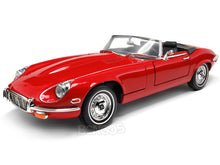 Load image into Gallery viewer, 1971 Jaguar E-Type Roadster 1:18 Scale - Yatming Diecast Model Car (Red)