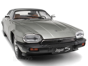 1975 Jaguar XJS Coupe 1:18 Scale - Yatming Diecast Model Car (Silver)