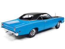 "Load image into Gallery viewer, 1969 Plymouth Road Runner ""Class of 1969"" 1:18 Scale - AutoWorld Diecast Model Car"