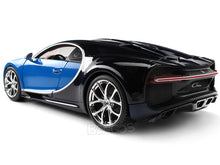 Load image into Gallery viewer, Bugatti Chiron 1:18 Scale - Bburago Diecast Model Car (Blue)