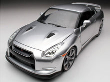 "Load image into Gallery viewer, ""Fast & Furious"" Brian's Nissan Skyline GT-R (R35) 1:24 Scale - Jada Diecast Model Car (Silver)"