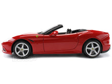 Load image into Gallery viewer, Ferrari California T 1:18 Scale - Bburago Diecast Model (Red)