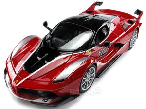 Ferrari FXX-K #10 1:18 Scale - Bburago Diecast Model Car (Red)