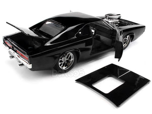 """Fast & Furious"" Dom's 1970 Dodge Charger R/T 1:24 Scale - Jada Diecast Model Car (Gloss Black)"