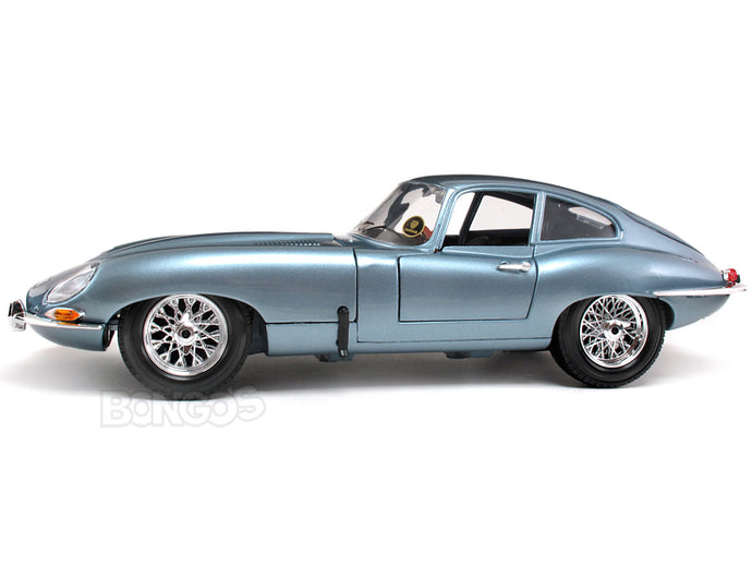 1961 Jaguar E-Type Coupe 1:18 Scale - Bburago Diecast Model Car (Lt.Blue)