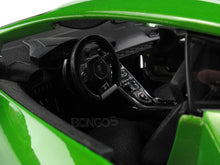 Load image into Gallery viewer, Lamborghini Huracan (Huracíçn) LP610-4 1:18 Scale - Maisto Diecast Model Car (Green)
