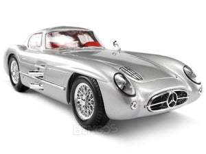 1955 Mercedes-Benz 300 SLR Uhlenhaut Coupe 1:18 Scale - Maisto Diecast Model Car (Silver)