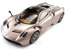"Load image into Gallery viewer, Pagani Huayra ""Platinum Collection"" 1:18 Scale - MotorMax Diecast Model Car (Pink)"