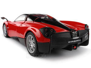 Pagani Huayra 1:18 Scale - MotorMax Diecast Model Car (Red)