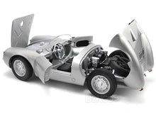 Load image into Gallery viewer, Porsche 550 Spyder 1:18 Scale - Maisto Diecast Model Car (Silver)
