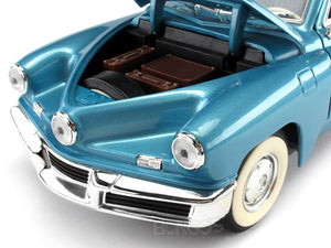 1948 Tucker Torpedo 1:18 Scale - Yatming Diecast Model Car (Blue)