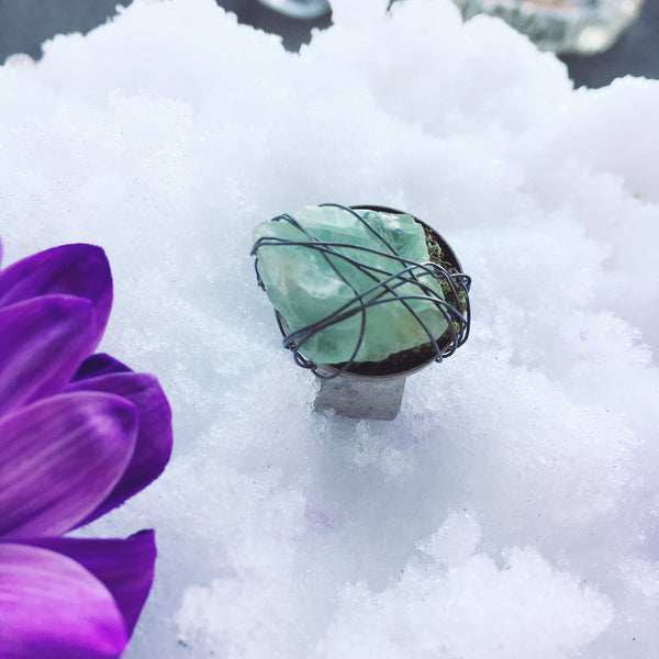 LARGE GREEN FLUORITE WRAPPED ADJUSTABLE GOLD RING