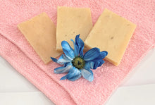 Load image into Gallery viewer, Lemongrass Wholesale Soap Bars