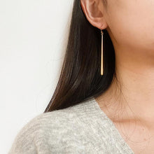 Load image into Gallery viewer, Lucie Earrings