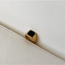 Load image into Gallery viewer, Black Signet Ring