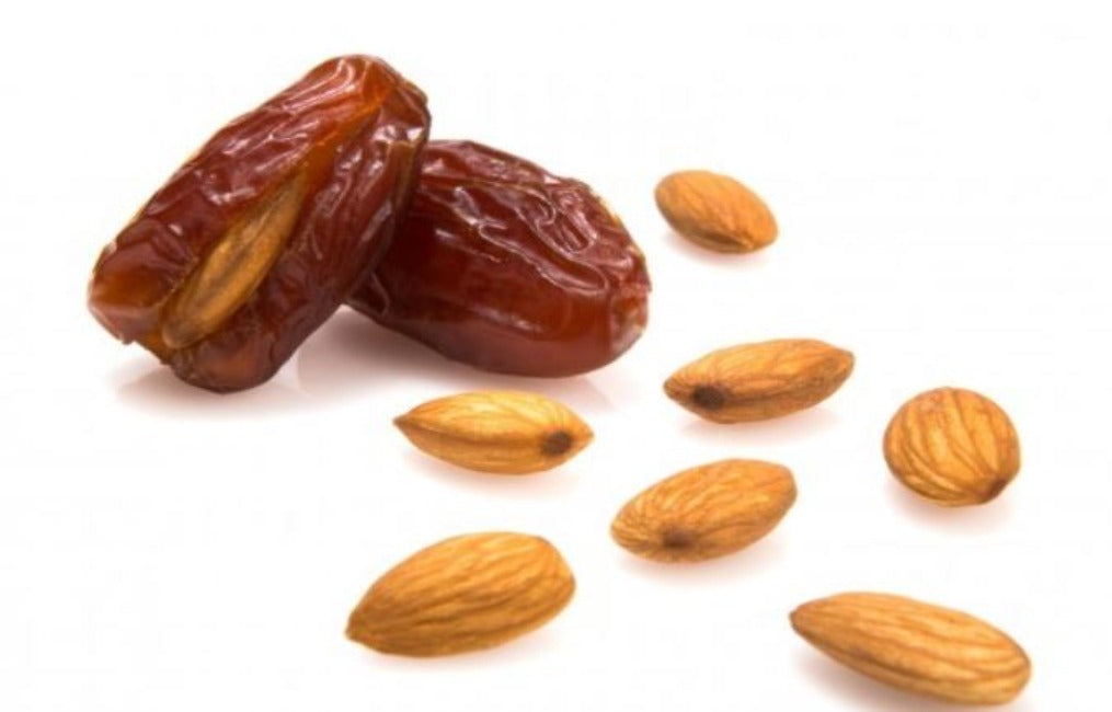 Liwa Dates With Almonds