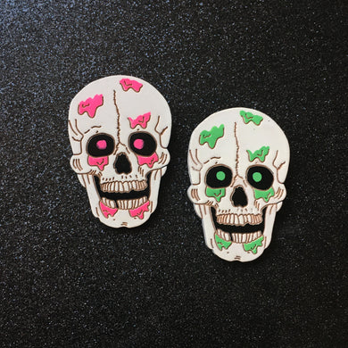 OH BOY! I'm Bleeding - Handpainted Wooden Pin