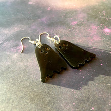 Load image into Gallery viewer, Smoky Dead Friends! Earrings (Aka The Cutest Ghosties)