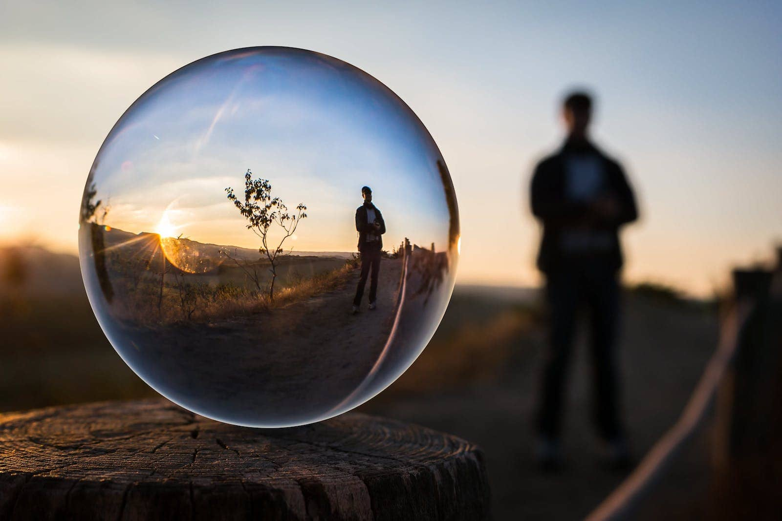 Best Forced Perspective Photography Examples for Photographers — Lens Ball — Sunny 16
