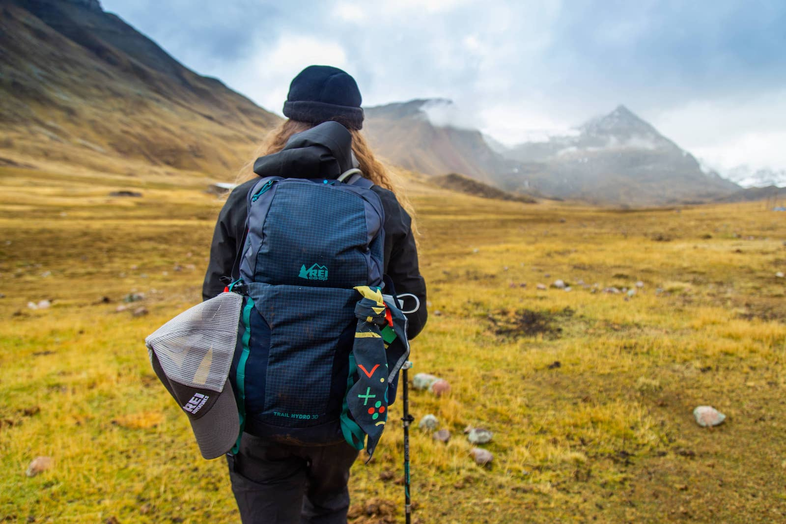 How to Pack a Backpack for Camping - Best Way to Pack a Backpack - Loading a Backpack