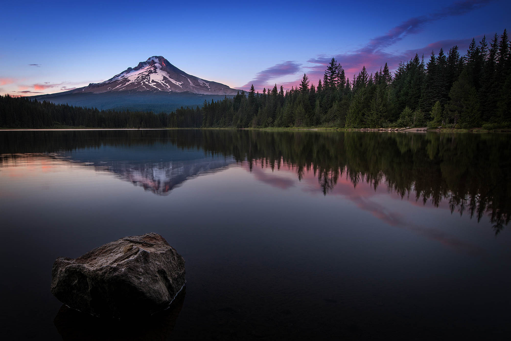 Rule of Thirds in Photography - Rule of Thirds Trillium Lake Example - Sunny 16