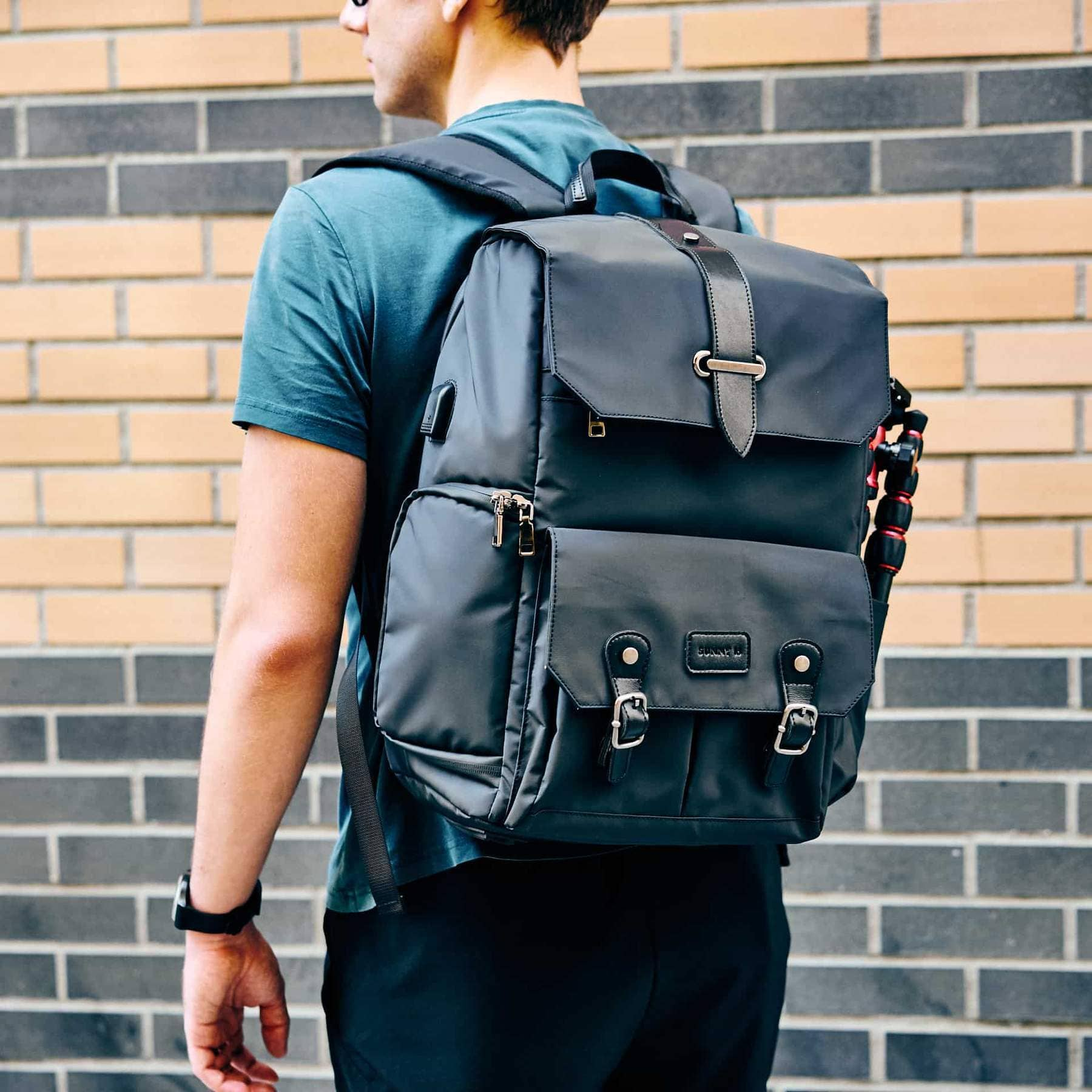Sunny 16 - The Voyager - Best Camera Backpack - Best Camera and Lens Backpack