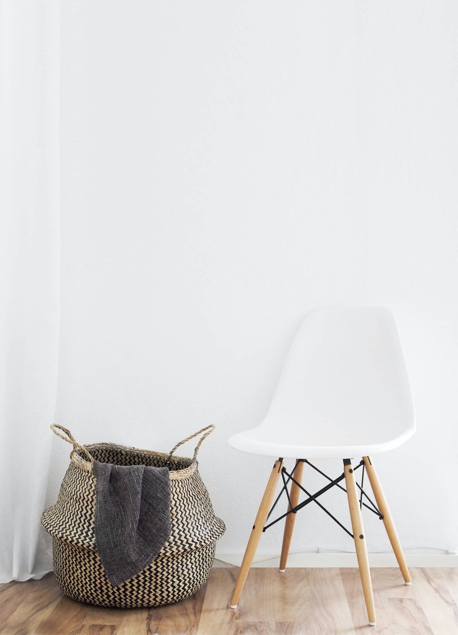White Seamless Backdrop Wall — Chair Photography — Sunny 16