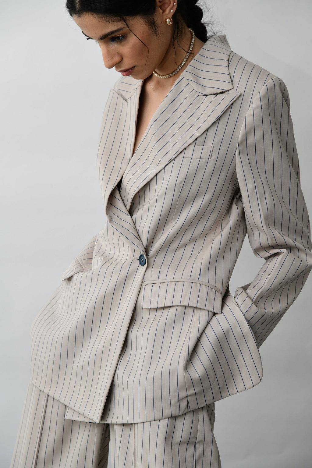 Back cutout striped blazer