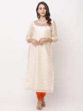Load image into Gallery viewer, Globus White Embroidered Kurta-5