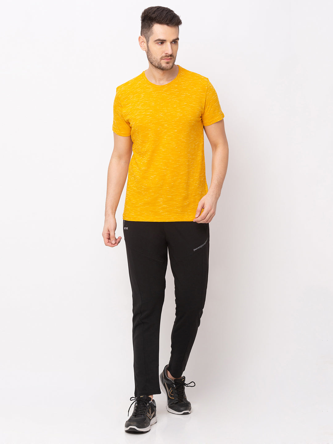 Globus Yellow Solid T-Shirt-5