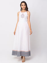 Load image into Gallery viewer, Globus White Printed Dress-1