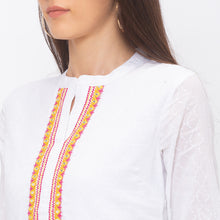 Load image into Gallery viewer, Globus White Self Design Tunic-5