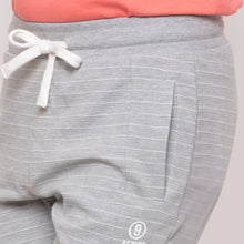 Load image into Gallery viewer, Globus Grey Striped Shorts-5