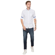 Load image into Gallery viewer, Globus White Printed Shirt-4