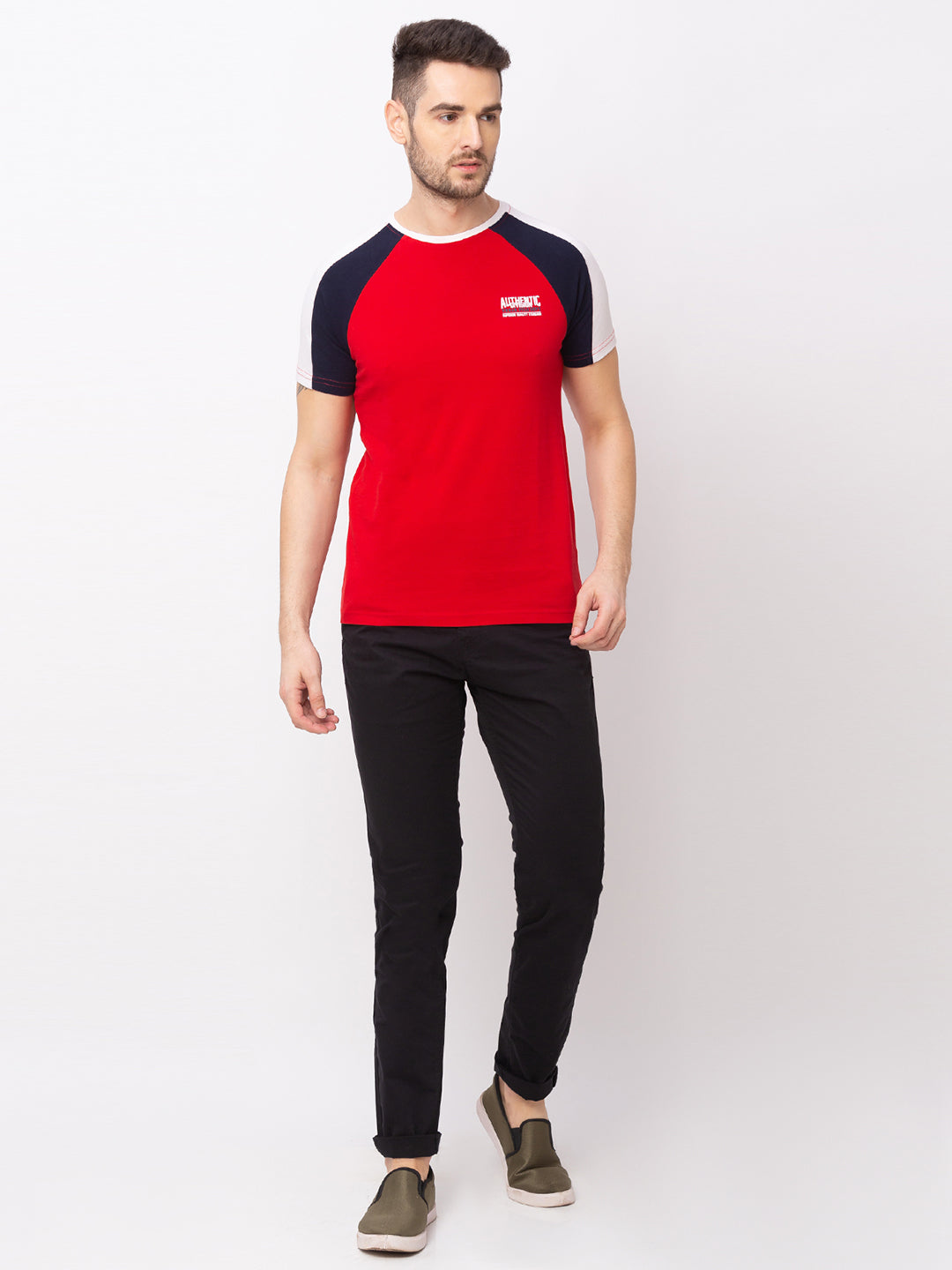 Globus Red Solid T-Shirt-5