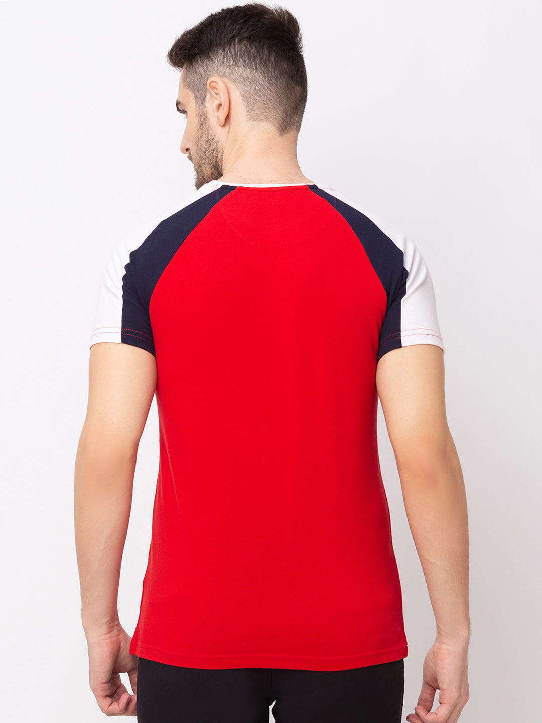 Globus Red Solid T-Shirt-3