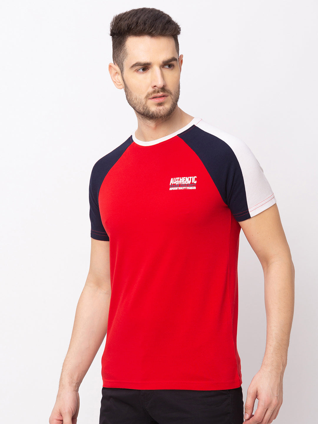 Globus Red Solid T-Shirt-2