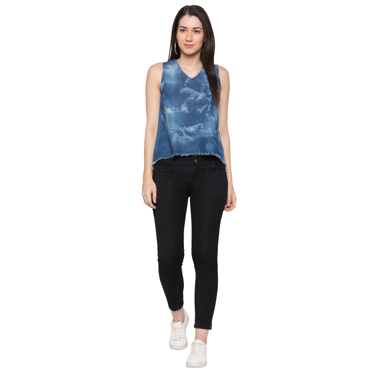 Globus Blue Printed Top4