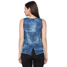 Load image into Gallery viewer, Globus Blue Printed Top3