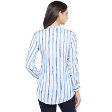 Load image into Gallery viewer, Blue & White Regular Fit Striped Casual Shirt-3