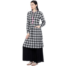 Load image into Gallery viewer, White & Black Checked Tunic-2