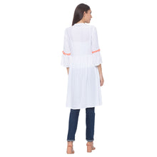 Load image into Gallery viewer, Globus White Solid Kurta-3