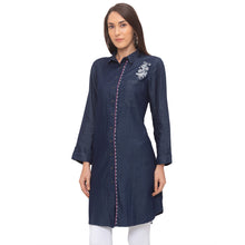 Load image into Gallery viewer, Globus Blue Floral Kurta-2