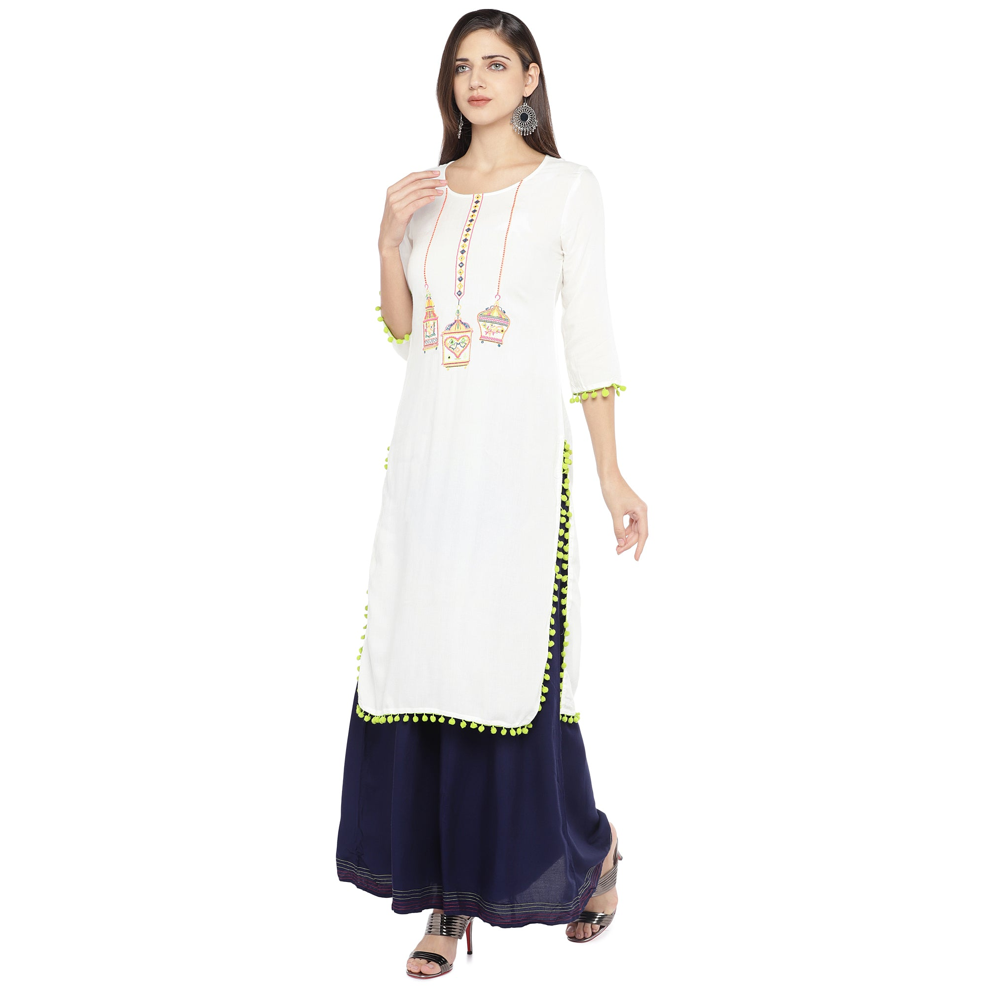 White Embroidered Straight Kurta-2
