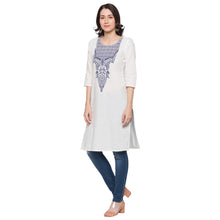 Load image into Gallery viewer, Globus White Printed Kurta2